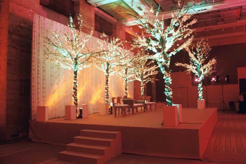 Fardeen khan floral reception stage – Spree Designs